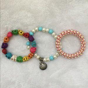 BOHO - beaded bracelet lot